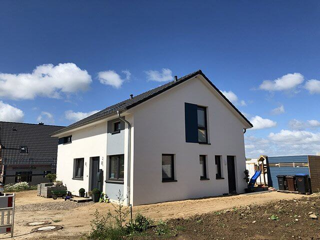 Wärmedämmverbundsystem an Einfamilienhaus in Altenholz